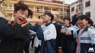 Dancing with Vietnamese Students- Andy Talkshow