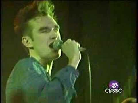 The Smiths - 06 What Difference Does It Make ? (Derby 83)
