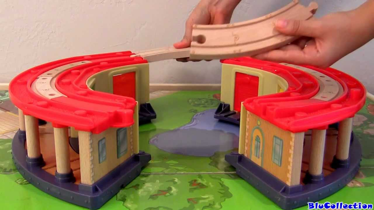 Disney Chuggington Double Decker Roundhouse playset Wooden Railway ...