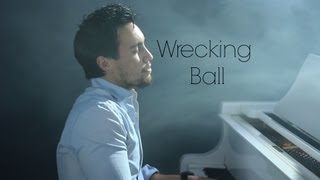Repeat youtube video Miley Cyrus - Wrecking Ball (cover by @chestersee)