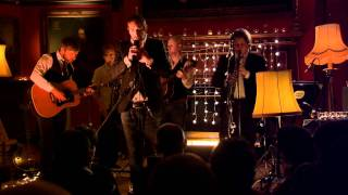 "Tom McKean & the Emperors perform ""One Thing on My Mind"""