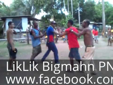 Wabag and Tari Girls from PNG, Twerking. from YouTube · Duration:  55 seconds