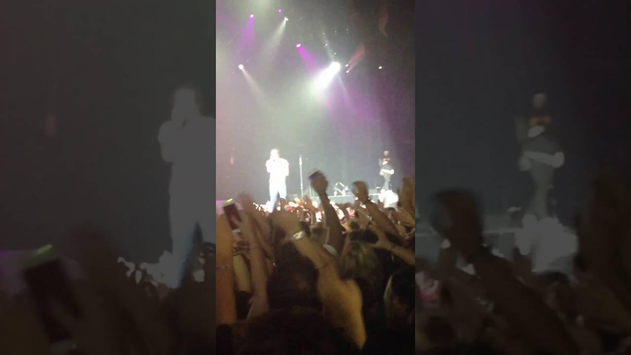 Download We Could Be Free FULL - Vic Mensa ( Purpose Tour Paris )