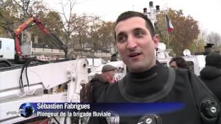 Paris: une sculpture du Pont-Neuf découverte dans la Seine