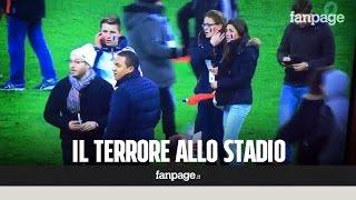 Le esplosioni e la paura allo stadio durante la partita