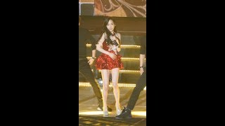 Girls' Generation-TTS 소녀시대-태티서 'Holler' 태연(TAEYE…