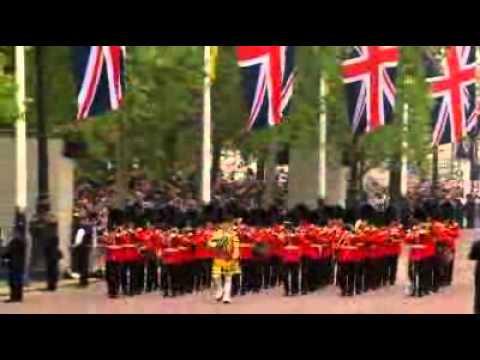 International guests arrive for royal wedding