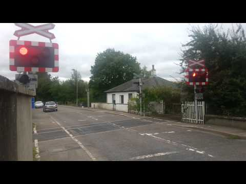 Dingwall level crossing