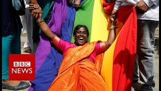 India gay sex ruling: Celebrations after court makes gay sex legal - BBC News