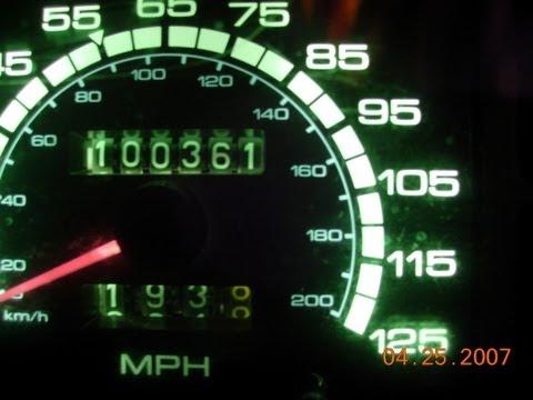 1984 Datsun (Nissan) 810 Maxima - Talking Car