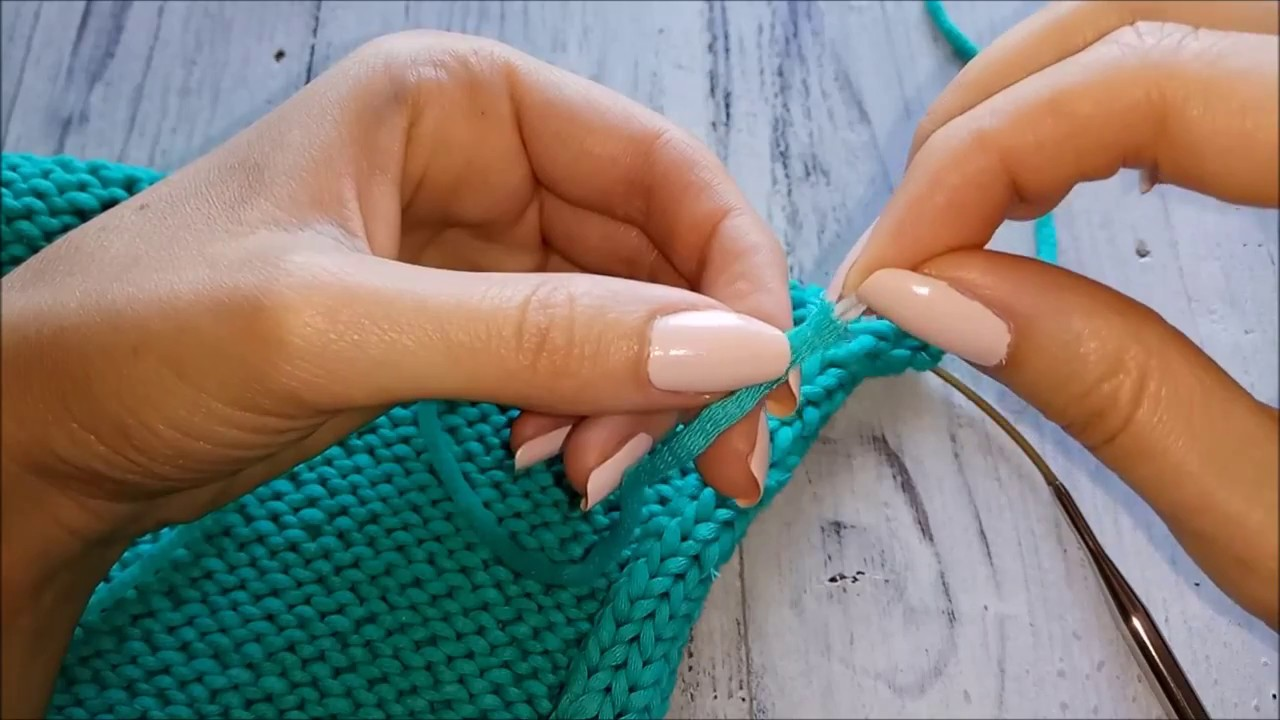 У нас вы можете купить пряжу для вязания по выгодной цене. В каталоге представлены пряжа, канва, пяльцы, инструменты для вязания, товары для.