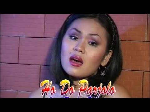 Siska Sianturi - Hodo Parjolo (Official Lyric Video)