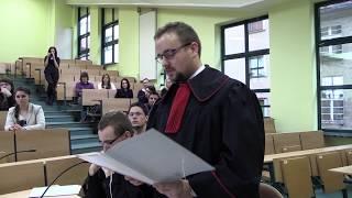 Spacer po Wydziale Prawa, Administracji i Ekonomii