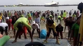 Sabtu Minggu jam 8 pagi & 5 sore pantai Ancol beach pool.
