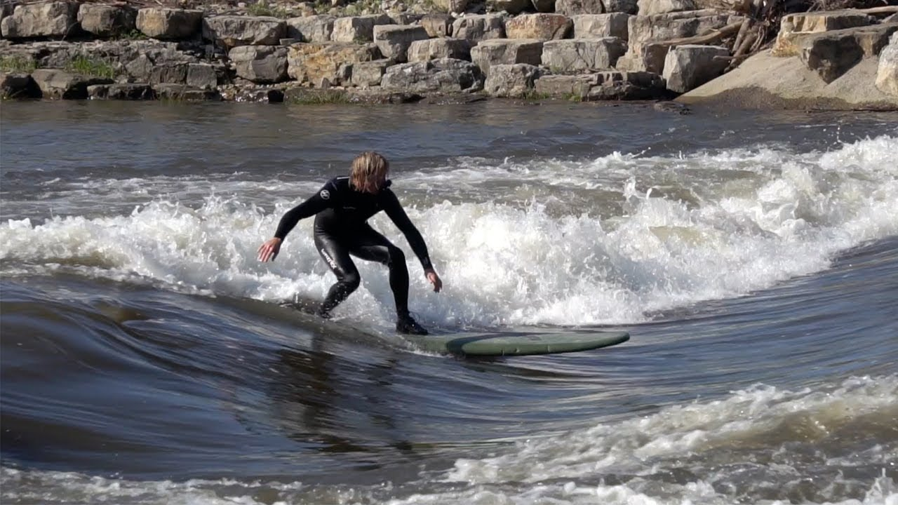 SCORING EPIC RIVER SURF in IOWA