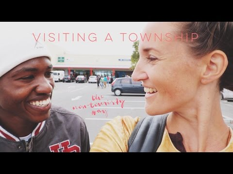 VISITING A TOWNSHIP - THE NON-TOURISTY WAY - Professional Wild Child Vlog