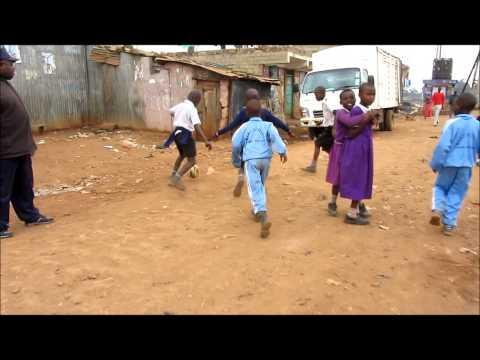 Mathare Slum in Nairobi | playing soccer with school kids