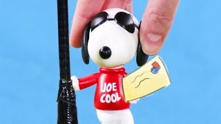 Snoopy Toy Play | McDonalds Happy Meal Toys: Linus Costume party | Kids Cartoon