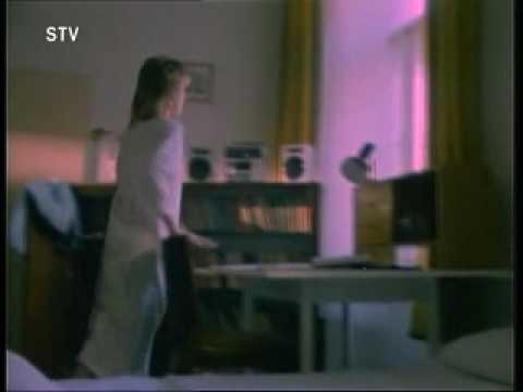 Američan Mark Christensen: Deväť - pieseň pre Slovensko ('Nine' - Song for Slovakia) from YouTube · Duration:  3 minutes 24 seconds