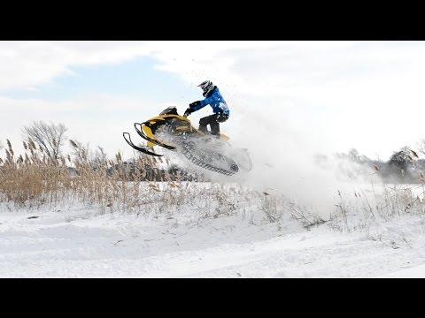 Jumping With The Ski Doo Mxz Tnt 500ss