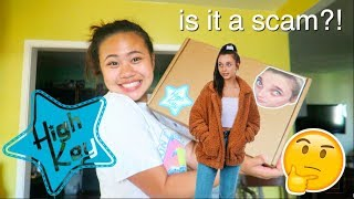 HIGH KEY BY EMMA CHAMBERLAIN UNBOXING + REVIEW (she suprised me sis)