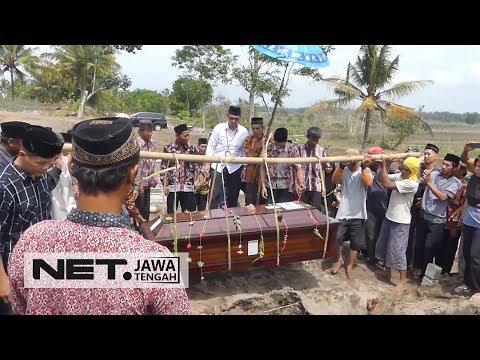 Inilah Suasana Pemakaman Pramugari Lion Air JT 610 - NET JATENG Mp3
