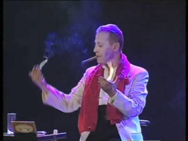 Rock Around the Magic - magicien alternatif