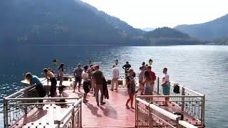 Абхазия: Дача Сталина на озере Рица(Другие мои видео из Абхазии: http://www.youtube.com/playlist?list=PLSnE80tXixtbvEgRmOqmOLnSkYu1STu1T., 2015-10-22T19:31:52.000Z)