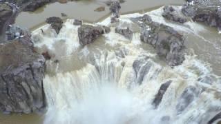 FLOODING Causes AMAZING Shoshone Falls