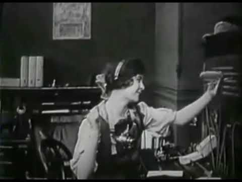 Classic movie | The Telephone Girl And The Lady