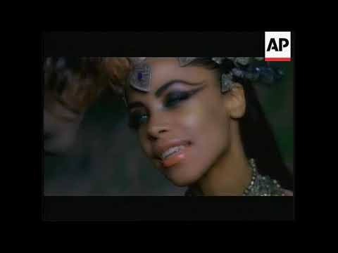 Aaliyah'sbrother(Rashad) talks about her last film( queen of the damned ), her death and her legacy