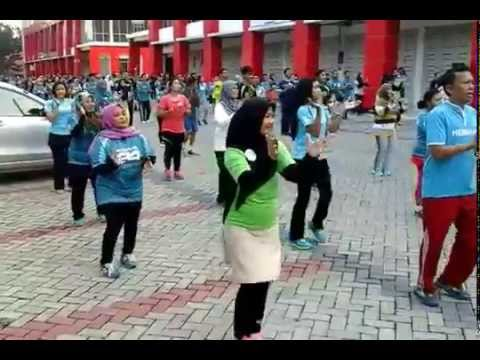 Work Out Herbalife Nutrition Day 2015 Pekanbaru Riau by Dhaviq