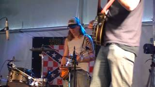 Heinrich XIII and The Devilgrass Pickers - In A World That Has Moved On @ MuddyRootsEurope 2012
