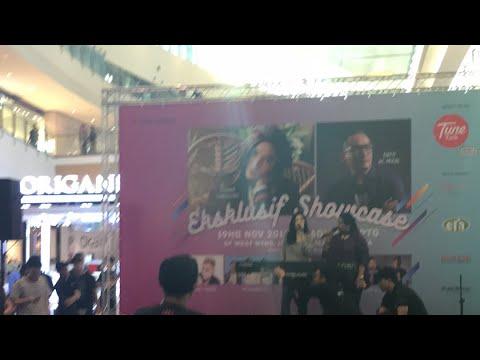 Isyana Sarasvati Live at IOI city mall Malaysia (Vertical Video)