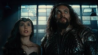 JUSTICE LEAGUE - Official Heroes Trailer thumbnail