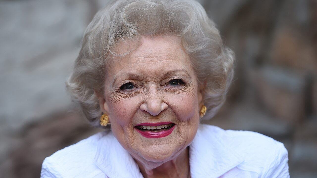 Betty White says she will spend her 99th birthday feeding two ducks ...