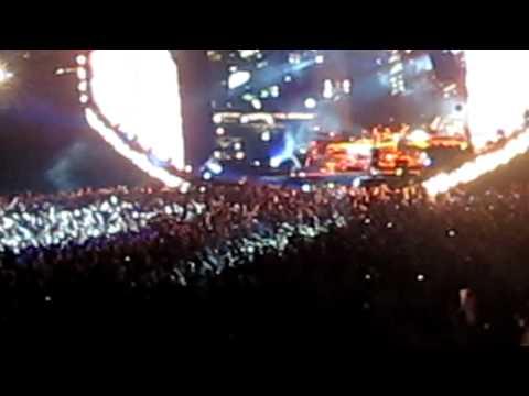 Eminem & Trick Trick LIVE at Comerica Park Detroit - Welcome To Detroit City