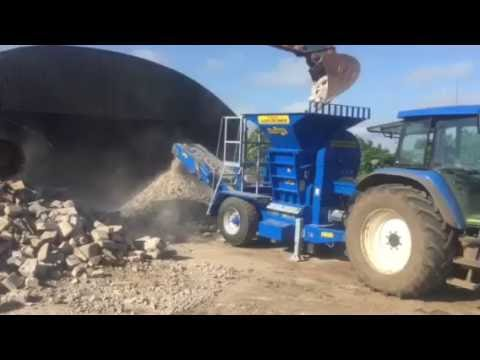 Herbst Agri Crusher at Work