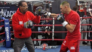 IVAN REDKACH CRACKING THE JAB DURING BOXING WORKOUT FOR DANNY GARCIA - FULL MEDIA WORKOUT