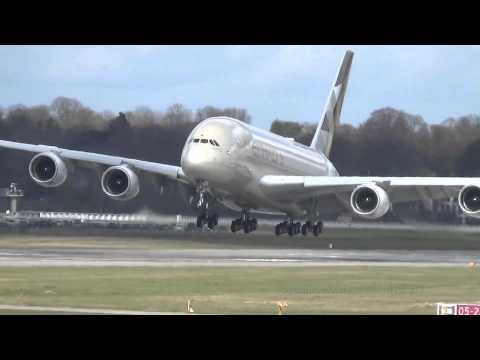 Heavy Crosswind | Etihad Airways A380 [A6-APB] | Takeoff and Landing @ Finkenwerder Airport