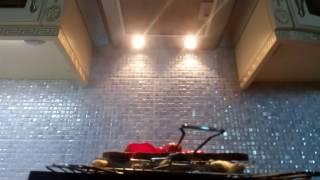 видео Мощная вытяжка для кухни