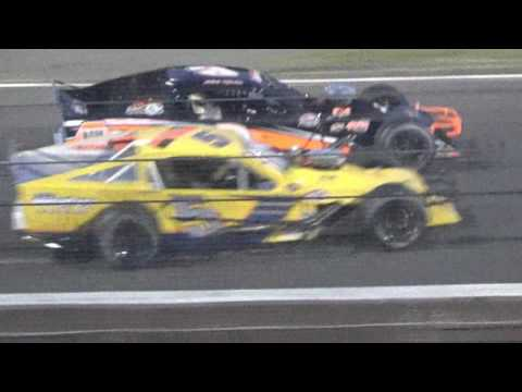 stafford speedway sk modified june 2,2017
