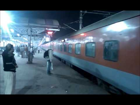 Mughal Sarai JN: All the big boys at night