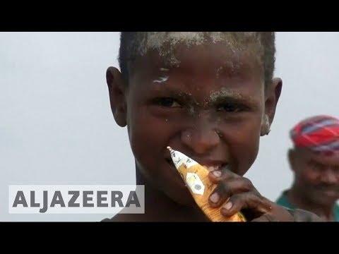 🇾🇪  Yemenis rummage through garbage looking for food