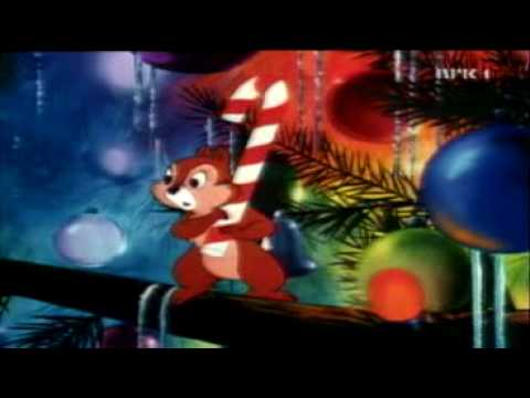 Chip 'N' Dale in Mickey Mouse - Pluto's Christmastree