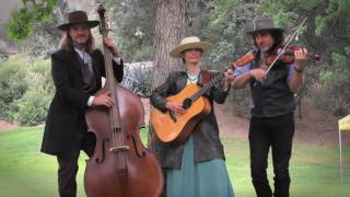 "Cowboy Fiddle Music  ""BUCKWHEAT PANCAKES"" - The Silver Mountain String Band"
