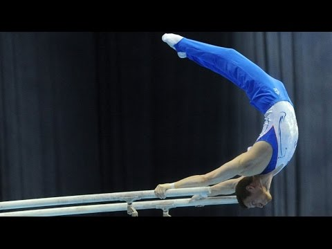Gymnastics on the parallel bars  Сильно и невероятно красиво