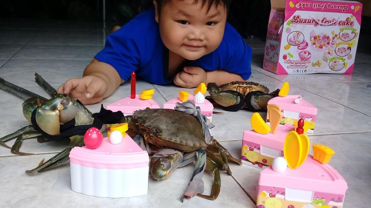 Đồ chơi trẻ em bé pin tìm bánh kem❤ PinPin TV ❤ Baby toys search cake cream