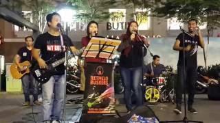 Video Aankhein Khuli Ho Ya Ho Band(Mohabbatein )-Acai,nurul,effa, feat retmelo buskers,memang besst download MP3, 3GP, MP4, WEBM, AVI, FLV April 2018