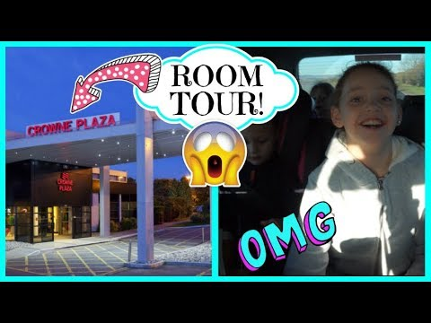 CROWNE PLAZA HOTEL ROOM TOUR! 😱😱 SURPRISE HOLIDAY